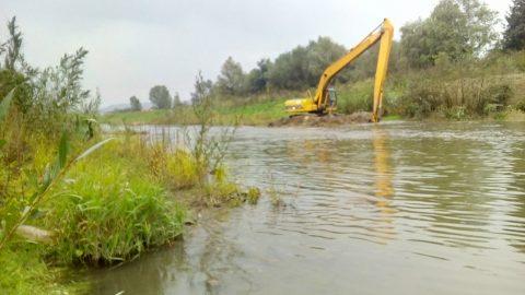 Read more about the article 20 милиона за чишћење Пека и Посушке реке