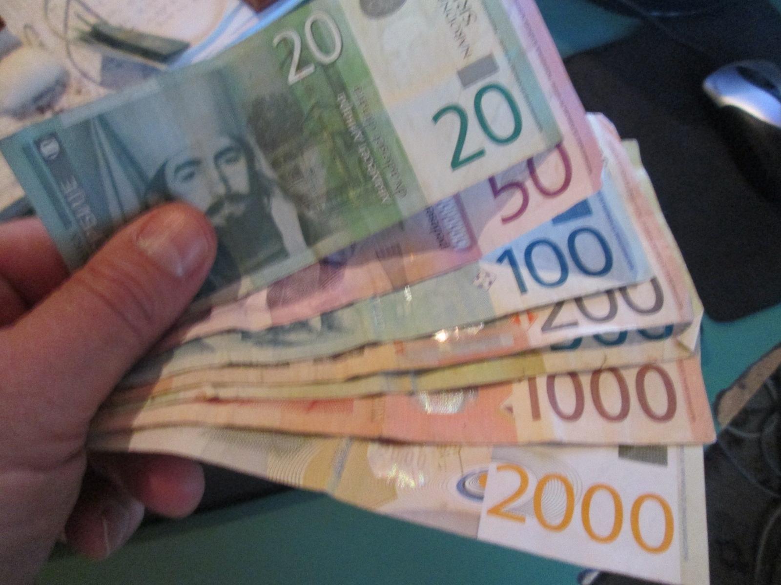 Просечна плата у Браничевском округу у децембру 54.925,00 дин – у Костолцу 72.107,00 у Жабарима 42.335,00
