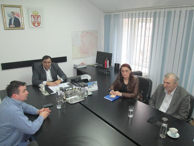 Read more about the article Састанак руководства општине са начелником Браничевског округа