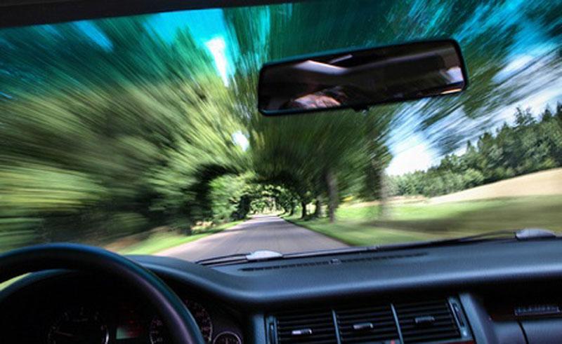 Близу 900 прекршајних налога због брзе вожње