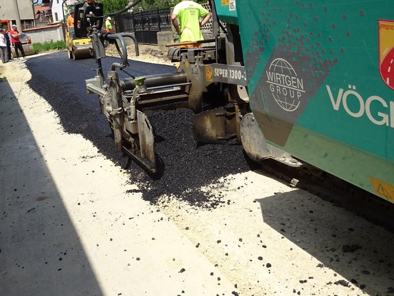 У Мустапићу, нов асфалт за 5 улица у укупној дужини близу 600 метара