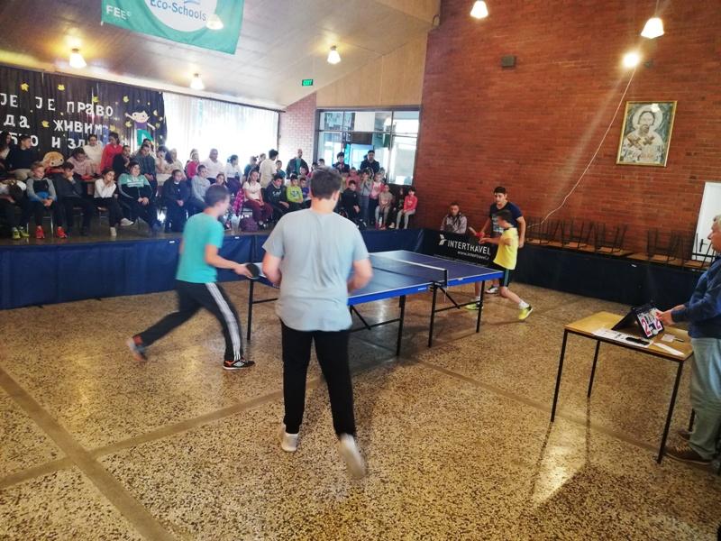 U  Rabrovu održano Opštinsko prvenstvo u stonom tenisu za osnovce