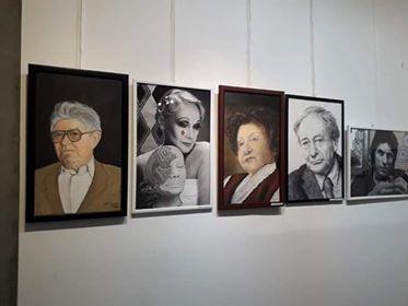 """Izložbena postavka """"Velikani srpskog pozorišta"""" u Petrovcu"""