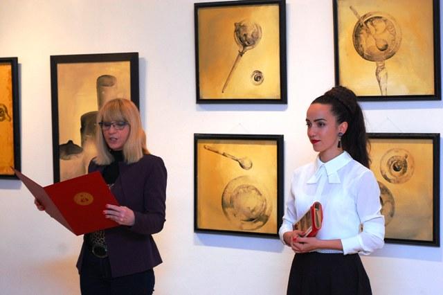 Отворена изложба слика и цртежа Данице Веселиновић