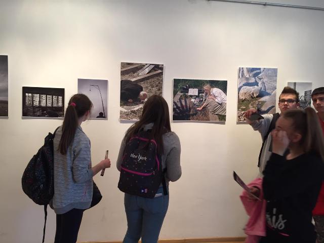 """Отворенa изложба фотографија """"Косово, не/ стваран живот"""", аутора Ивана Максимовића"""