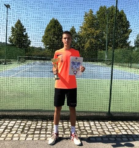 Новак шампион Отвореног првенства Београда у тенису за сениоре