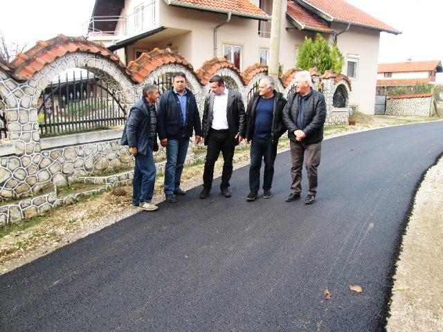 У Мустапићу асфалтиране 3 улице