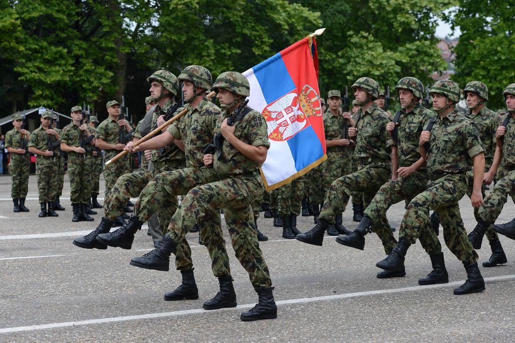 Упућен позив младићима који ове године постају пунолетни да се упишу у војну евиденцију