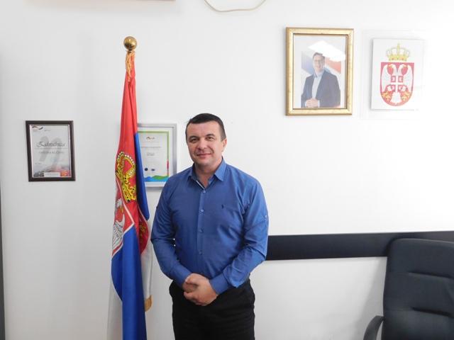Стојановић честитао Анђелковићима на избору за предузетнике године