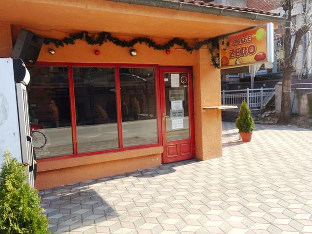 Ресторани, кафићи, тржни центри, од уторка раде до 21:00