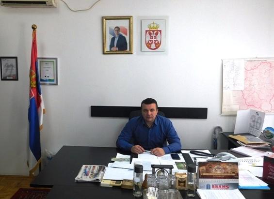 Стојановић се захвалио свима који су до сада помагали и позвао све који то могу да се прикључе у борби против невидљивог непријатеља