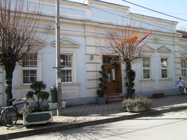 """Хотел """"Рудник"""" донирао заштитну опрему запосленим у Општинској управи Кучево"""