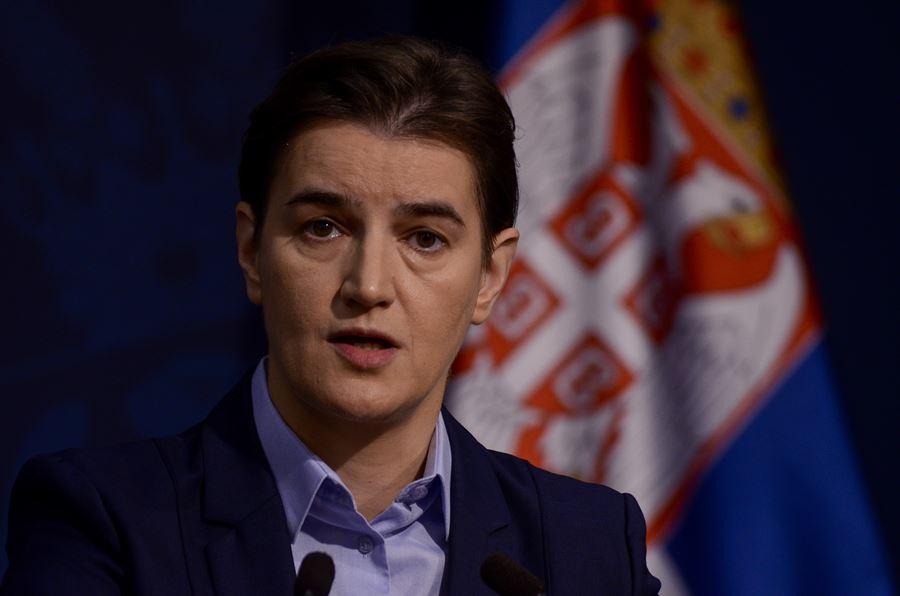 Vlada Srbije donela zaključak : Sve informacije o virusu korona daju isključivo premijerka  ili ovlašćena lica