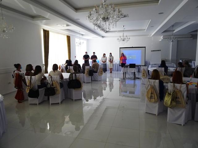 Read more about the article Дводневни семинар под називом Инспиративна средина за интегрисано учење за васпитаче из Кучева и Жагубице