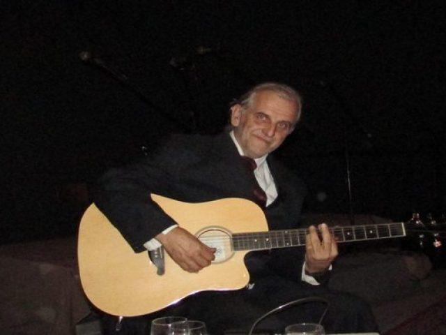 vece-uz-gitaru-sa-draganom-lukicem