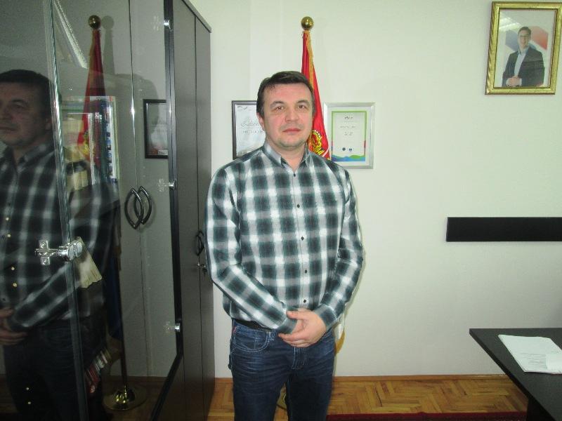 Стојановић сазвао седницу Скупштине општине по хитном поступку