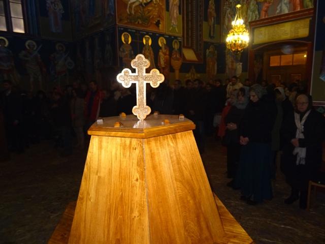Данас је Крстовдан, први посни дан након Божића – Ко се крстом крсти тај Крстовдан пости