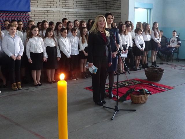 Основна и средња школа заједно прославиле школску славу Светог Саву