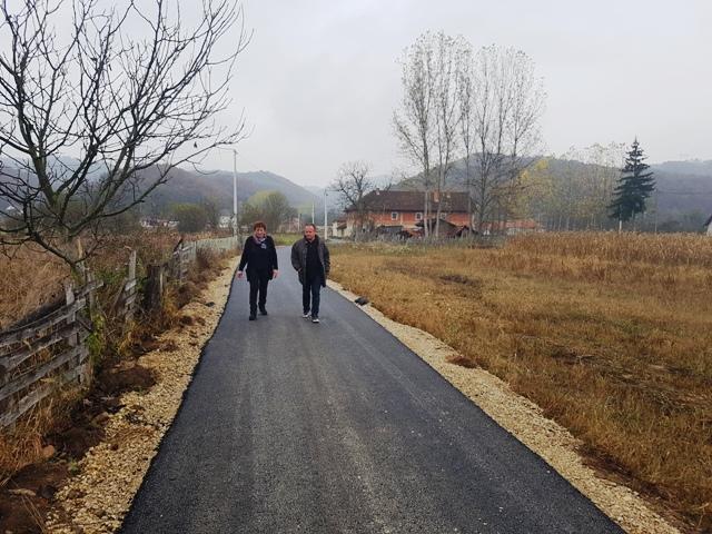 Гложана богатија за близу 300 метара новог асфалта