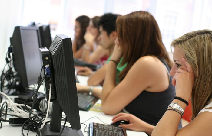 Јавни позив незапосленим да учествују у обуци Дигитални маркетинг на друштвеним мрежама